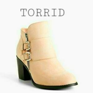 TORRID Blush Zipper Ankle Bootie 10.5W